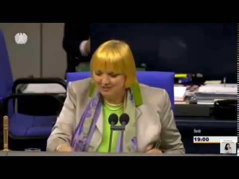 Claudia Roth (Grüne): keine Gedenkminute ausser es sind Flüchtlinge - Geburtstagslieder erlaubt