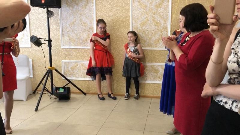 Моя ❤️👸 . ксюша выпускница выпускной омск девочкамоя❤️ моя❤ моядоча доченька доченькалюбимая моякрасотка omsk