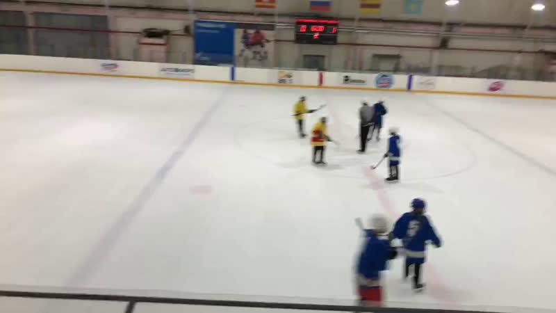 39 Школа (желтые) против 4 Школы (синие) Матч за 5-6 место Период 2