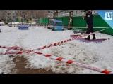 Видео спасения мальчика из ямы в детском саду