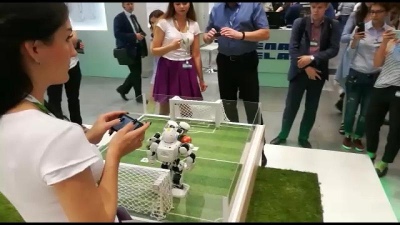 интерактивныерешения роботмода робофутбол аренда иннопром сбербанк екатеринбург innoprom sberbank www.robotmoda.ru