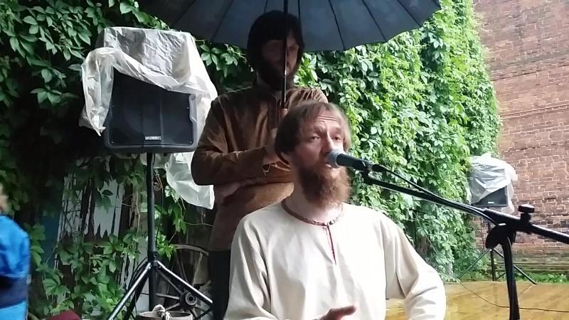 Александр Маточкин в Этно-кузне.