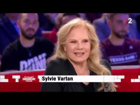 Sylvie Vartan (Avec toi… • 23 24/10/2019 Grand Rex à Paris) : interview (4 mn 30 • mars 2019).