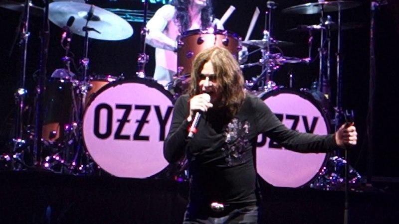 Ozzy Osbourne - I Don't Want To Change The World 2018.06.01 Moscow Olimpyski Stadium