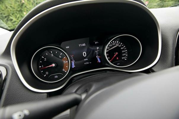 Jeep, но не «джип». Тест нового кроссовера Compass. Второе поколение «Компаса» — это чуть больше, чем кроссовер, но меньше, чем Jeep.Загадка: что общего между Jeep и Lamborghini Правильный