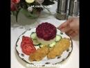 Свекольный салат с гранатом и орехами