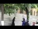 В Кишиневе два попа устроили драку с по ей-парада (720p).mp4