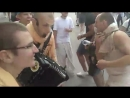 Харинама PREMA_SANKIRTANA - Кришна-Нама танцует на языке и в сердце!) Они были трезвые))