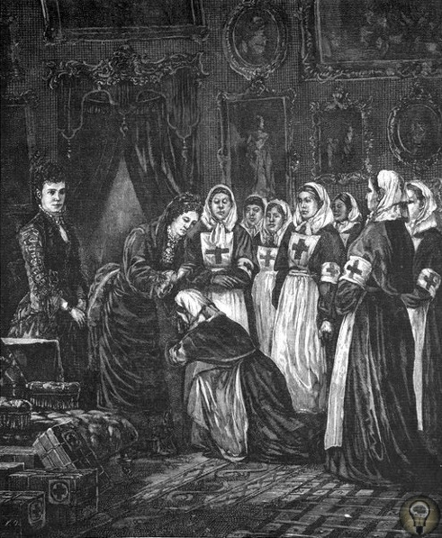 Императрица Мария Александровна основательница Красного Креста Императрица Мария Александровна основала Красный Крест в России, опекала больницы и приюты и открыла первые всесословные женские