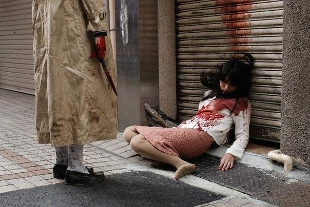 Женщина с разорванным ртом- японская городская легенда.