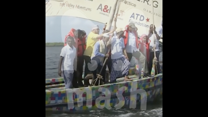 В Кении построили первую в мире лодку из переработанного мусора