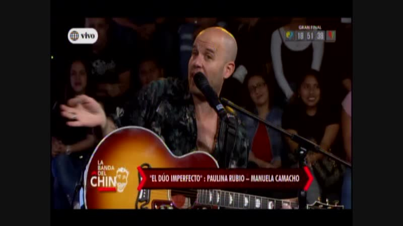 Manuela Camacho canta como Paulina Rubio junto a Gian Marco en el duo imperfecto
