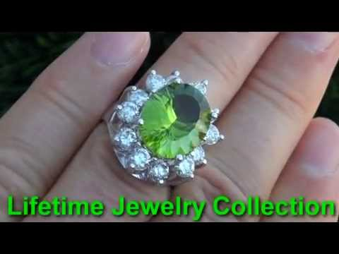 GIA Certified VS CLARITY Natural Vintage Peridot Diamond Cocktail Ring