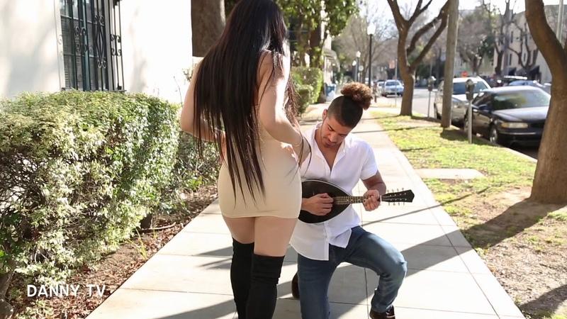حاته متحب الشباب البيض شوف شصار When a mariachi tries to steal your girl