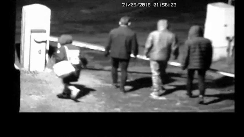 Сволочи? Полиция разыскивает хулиганов, выломавших шлагбаум в детской больнице Ангарска