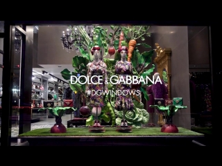 DolceGabbana September 2018 window displays, Madison Avenue boutique - the making of.