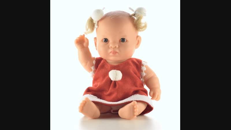 Виниловый пупс Жанна из серии Gordis в наряде Санта Клауса