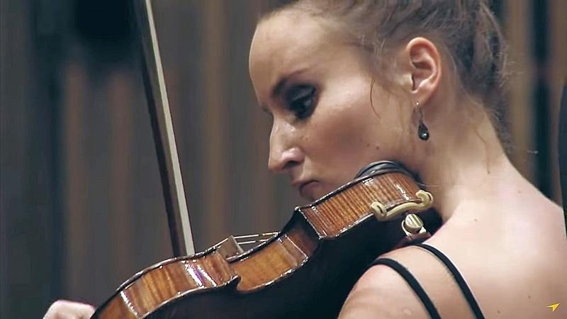 Tchaikovsky - Violin Concerto in D Major, Op.35, Krakowska Młoda Filharmonia