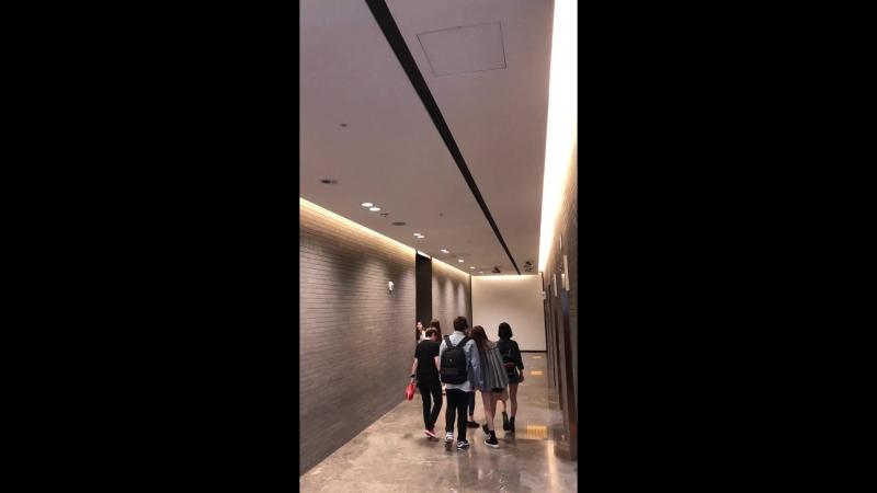 · Fancam · 180519 · OH MY GIRL · После Lotte Home Shopping Pop-up Date ·