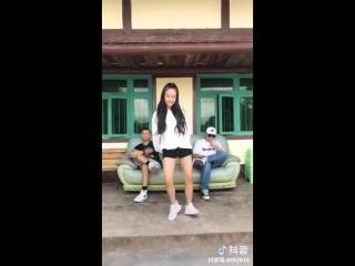 Oh Nanana Dance Challenge Videos in Tik Tok China