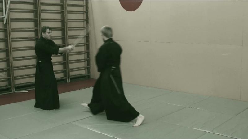 Niden Ryu Iaijutsu Kenjutsu. Omote mokuroku aikisinten.spb.ru