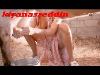 İvana Sert nude erotik legs and frikik in the turkish film