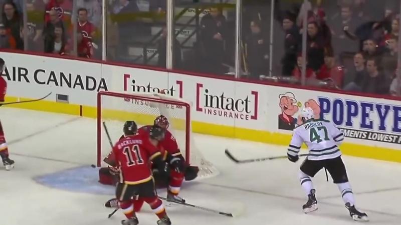 Alexander_Radulov_-_Dallas_Stars_-_2017_2018_NHL