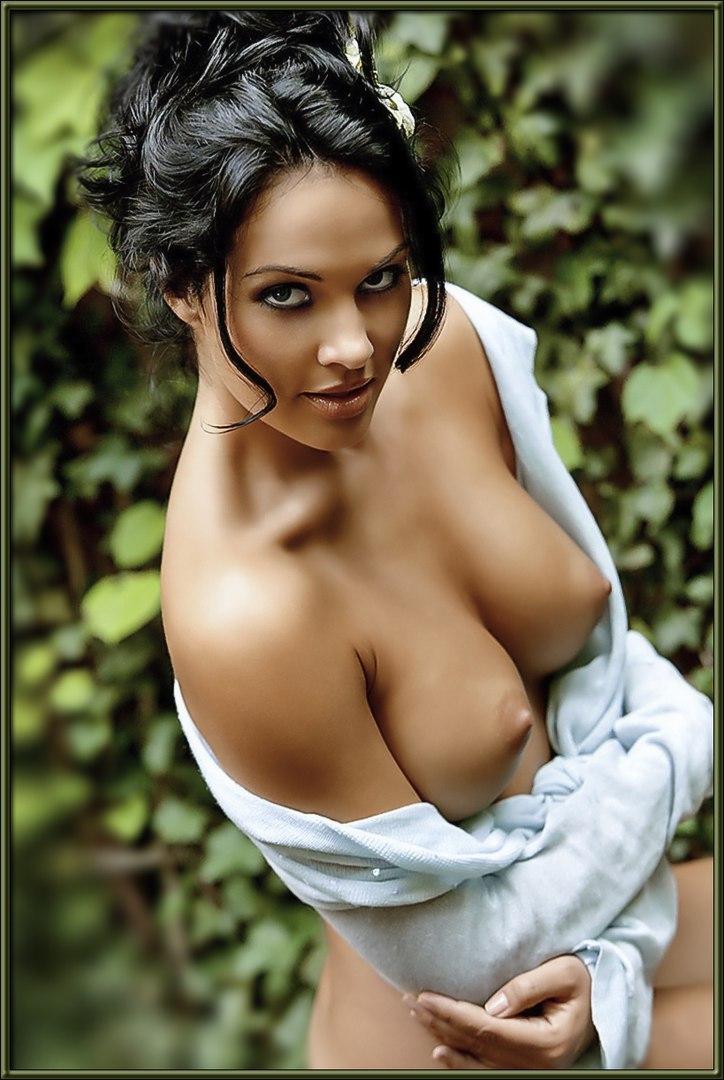 Beautiful women in sexy lingerie porn
