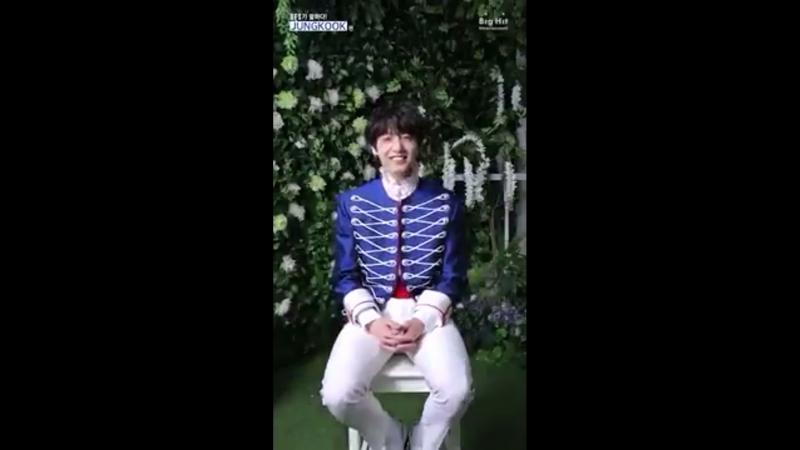 Jungkook fancafe video ♡