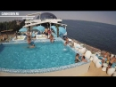 Скрытая камера в бассейне подсмотрено