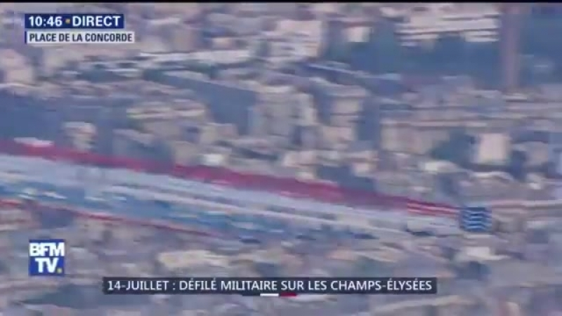 14-Juillet 2018 : La Patrouille de France ouvre le défilé aérien ... avec un petit souci de couleur