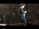 VIDEO Another video of Harry calling a fan's mom! 137 - _irrelouvant