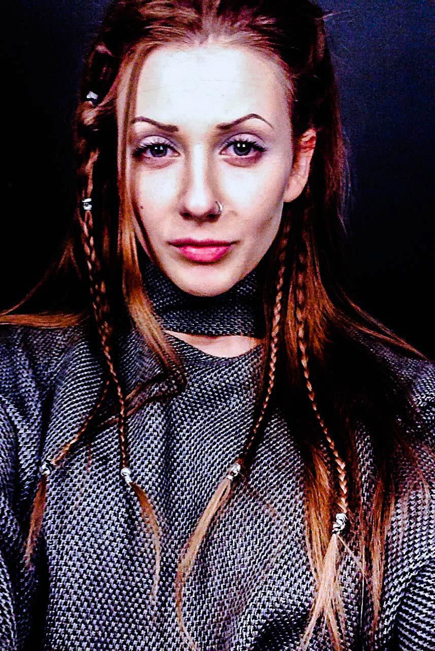 Получите свою собственную персональную модельную тренировку от Гончаровой Екатерины. Ведущим Российским тренером по профессиональному и коммерческому моделингу