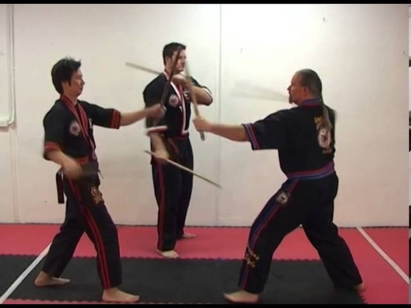 FILIPINO KOMBATAN ARNIS - Volume 1 - Kali-Arnis (Weapons)