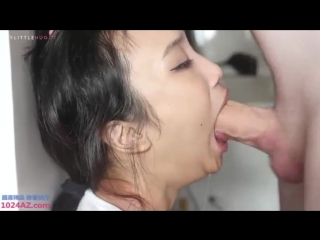 Азиатка давится членом [asian, deepthroat, suck, blowjob, face fuck, rough sex, facefuck, gag]