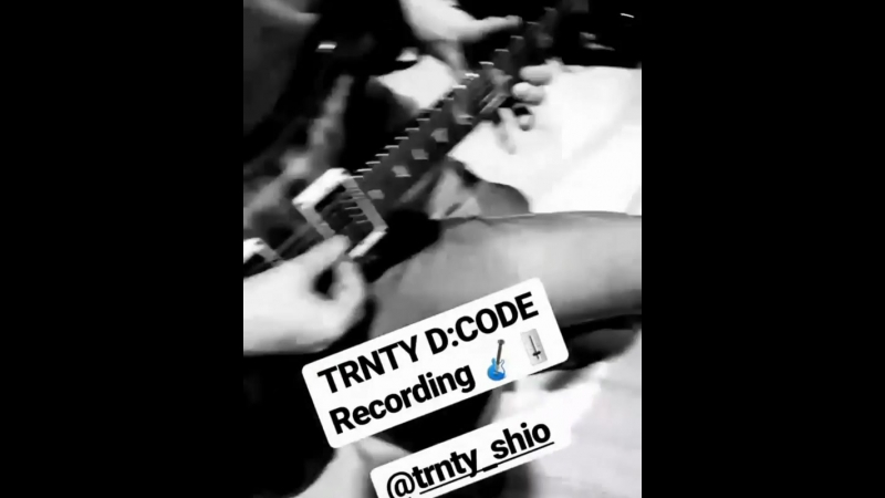 Shio TRNTY DCODE instagram YOHIO