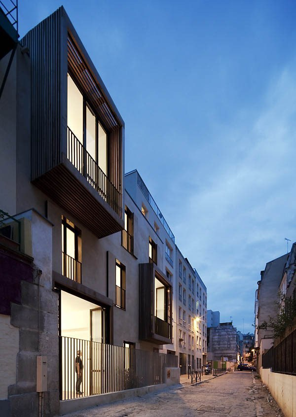 Social Housing and Artist Studios / Moussafir Architectes