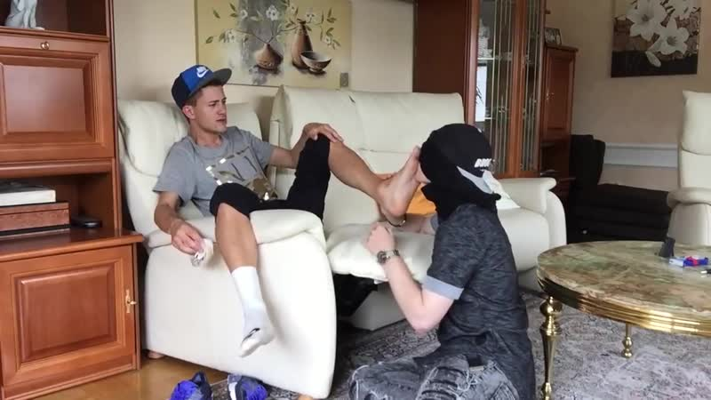SCALLY BOY MAKES HIS SLAVE SMELL AND LICK HIS FEET