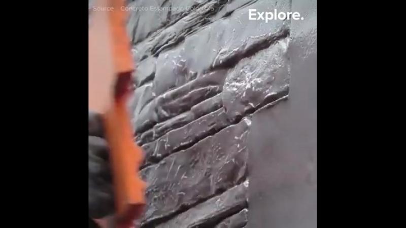 Un système permettant de faire ressembler le travail du béton à de la maçonnerie.