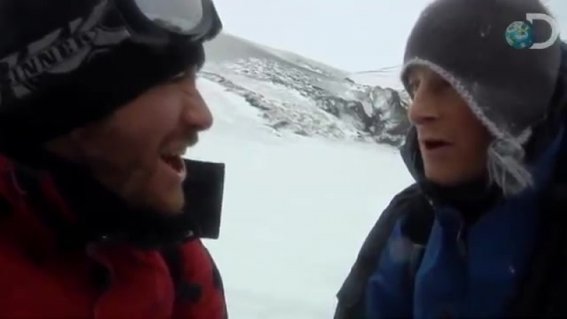 Man vs. Wild- Jake Gyllenhaal Eats a Worm