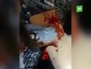 Опубликованы первые кадры с места налета на торговую точку в Челябинске. Безумец проломил женщине голову гаченым ключом