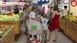 Украинцев призвали запасаться продуктами: В сентябре грядет инфляция и девальвация гривны