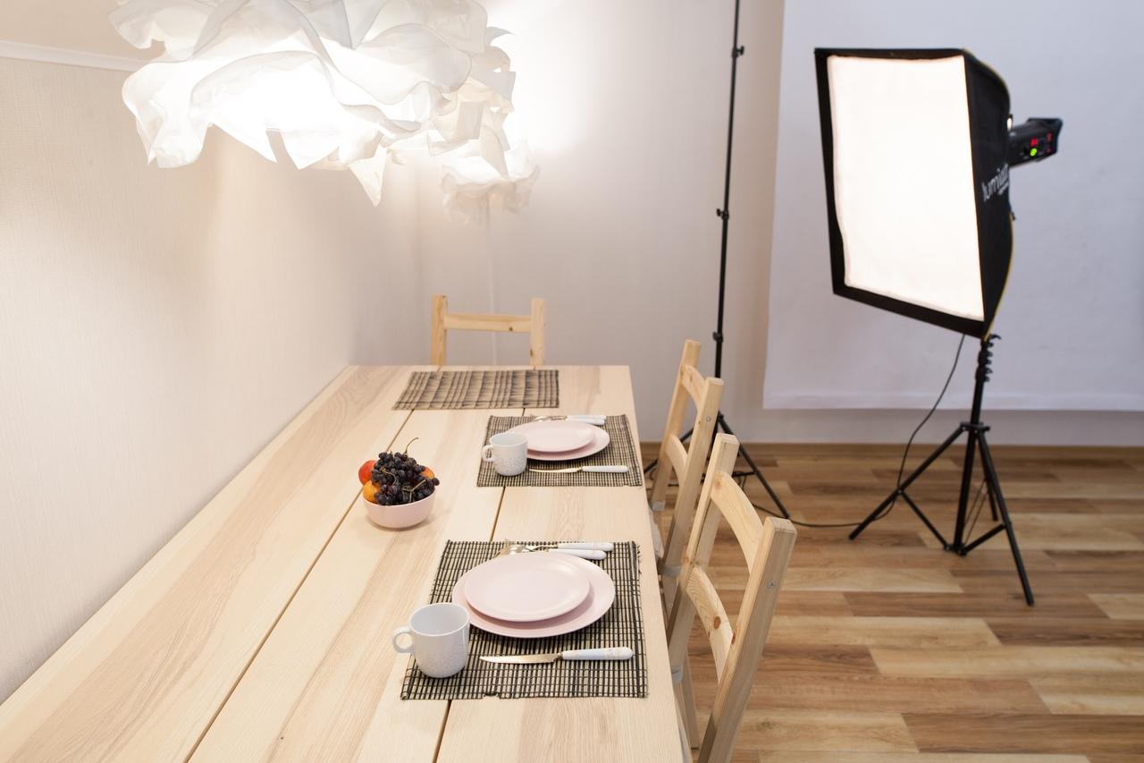 Фотостудии москвы со светом и столом вам