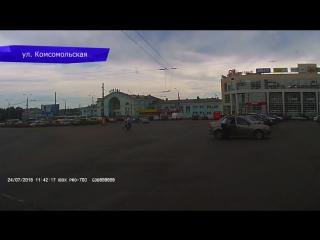 Видеорегистратор. отпал бампер на попова. 30.07.2018