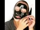 черная маска с бамбуком