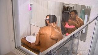 Дом-2: Гобозов и Жарикова уединились в ванной