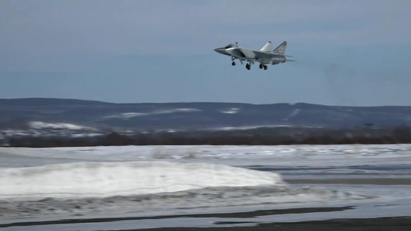 Морскую авиацию Тихоокеанского флота пополнили два модернизированных высотных истребителя-перехватчика МиГ-31БМ