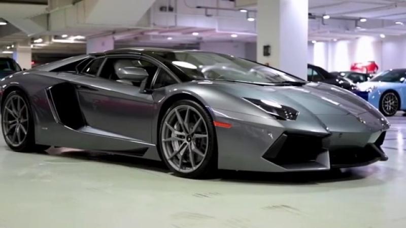 Lamborghini Aventador in Grigio Estoque