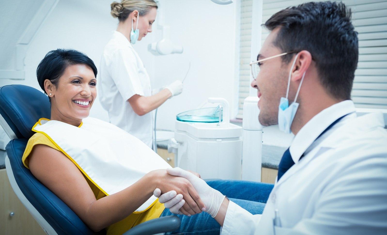 Что делает менеджер стоматологического кабинета?