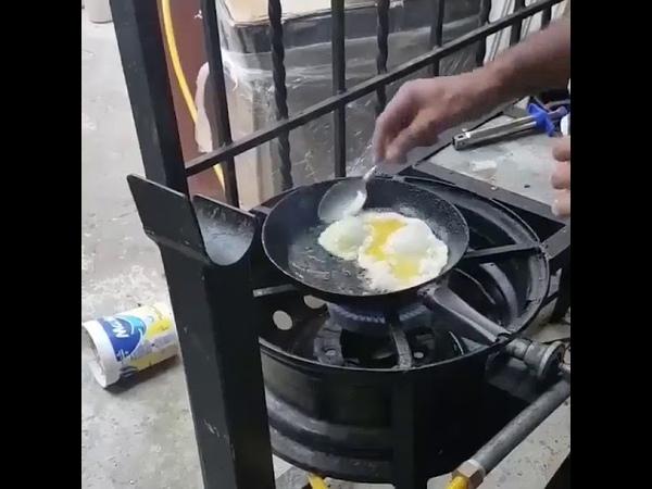 Como fazer um delicioso e simples ovo frito